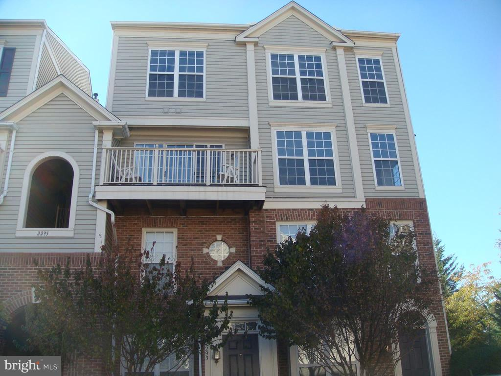 Photo of 2295 Village Crossing Rd #301
