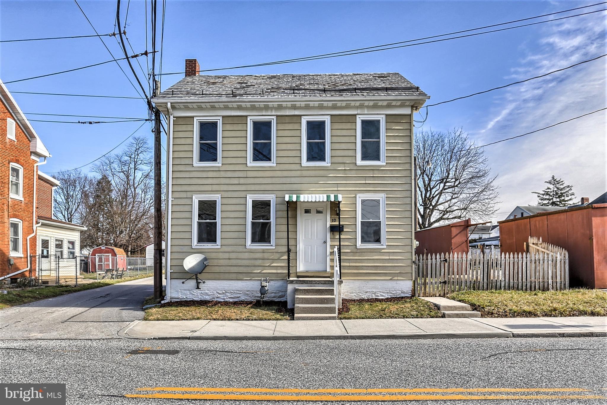 12 N 2ND STREET, MCSHERRYSTOWN, PA 17344