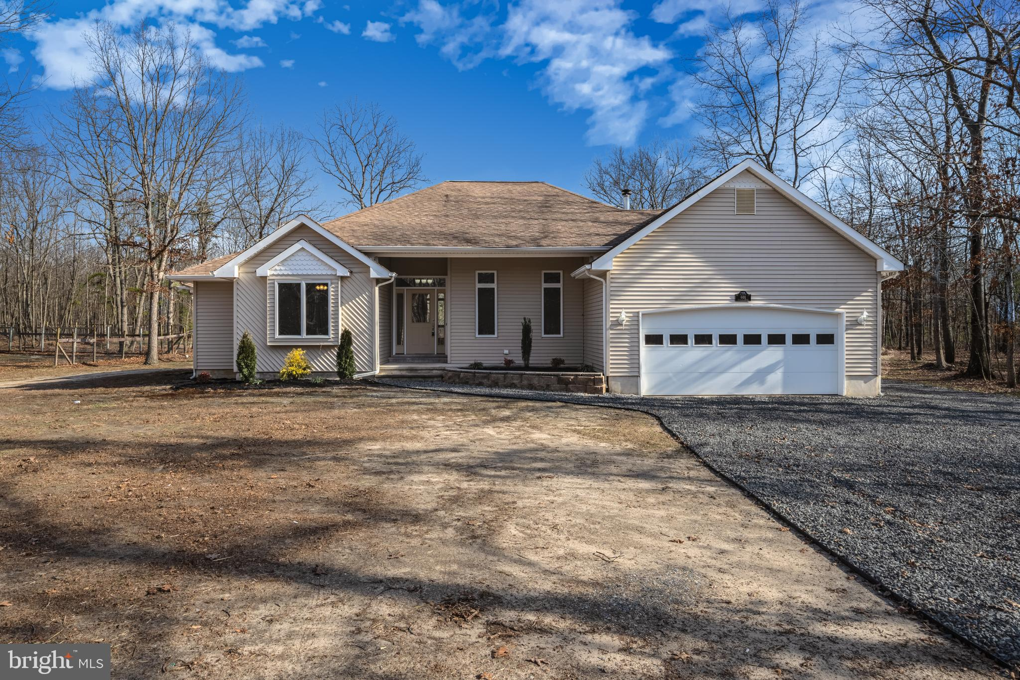 601 DALLAS DRIVE, JACKSON, NJ 08527