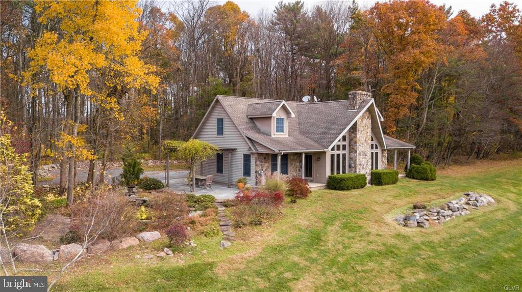 815 PINE VALLEY ROAD, NEW RINGGOLD, PA 17960