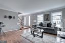 7936 Donegal Ln