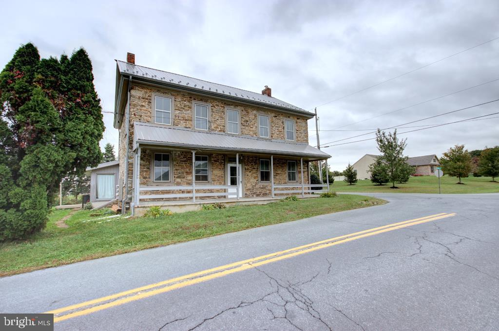 93 CIDER MILL ROAD, MERTZTOWN, PA 19539