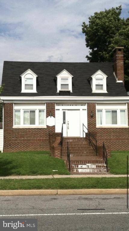 3029 DUNDALK AVENUE, BALTIMORE, Maryland 21222, 5 Bedrooms Bedrooms, ,3 BathroomsBathrooms,Residential,For Sale,DUNDALK,MDBC486556