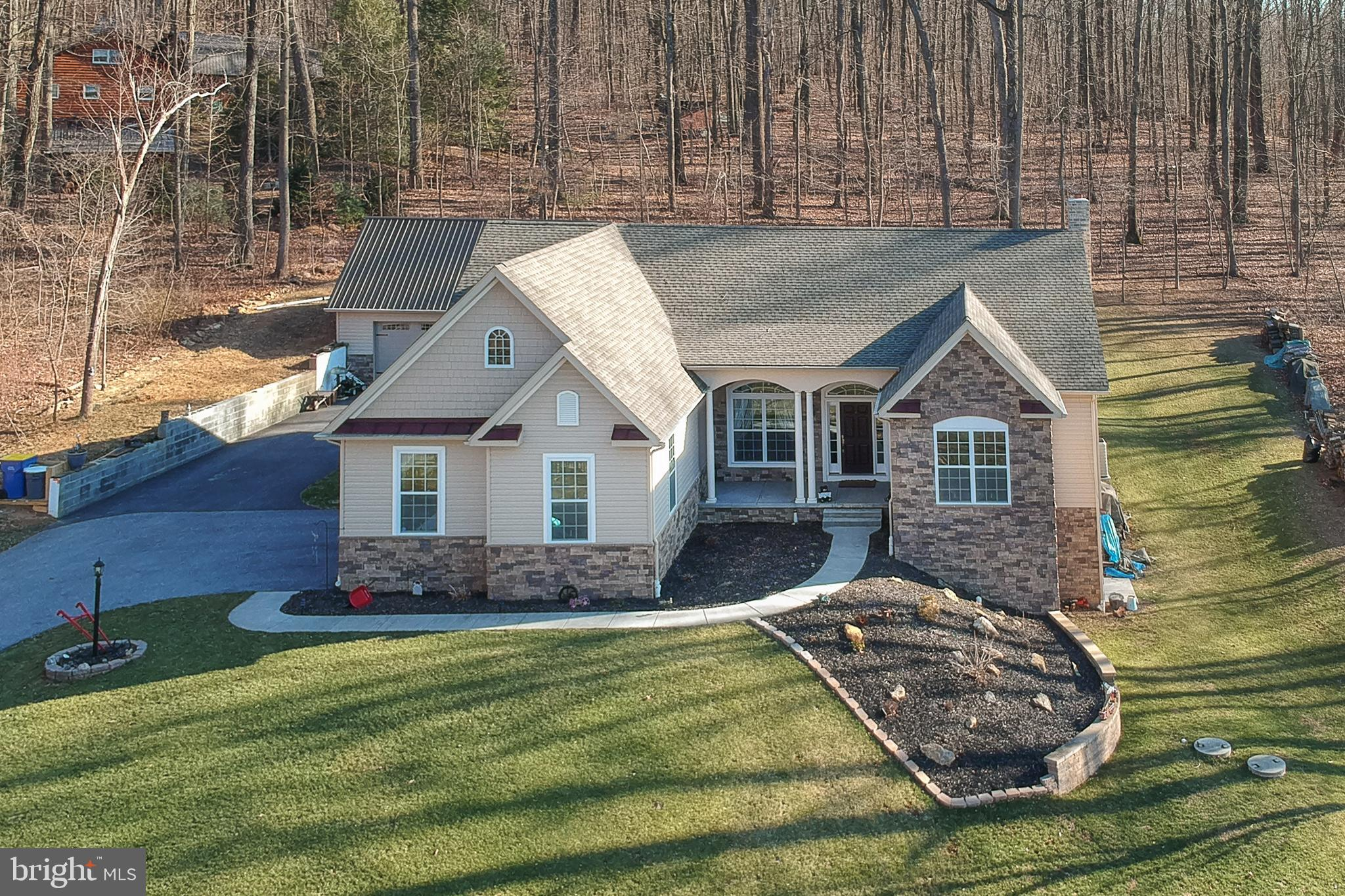 3271 CAMP WOODS ROAD, GLENVILLE, PA 17329