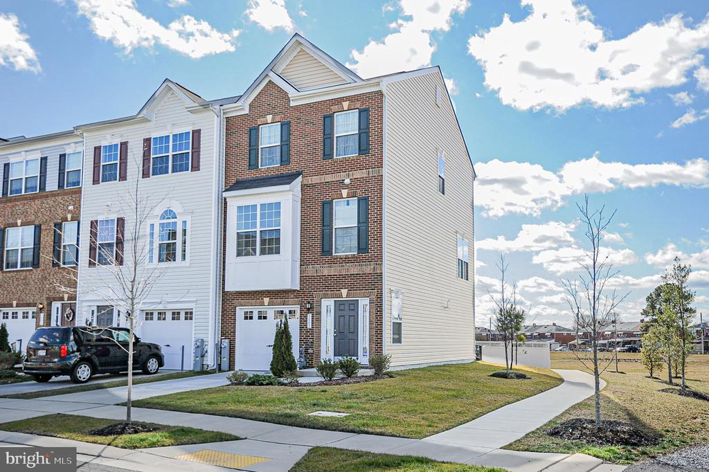 7662 TOWN VIEW DRIVE, DUNDALK, BALTIMORE Maryland 21222, 3 Bedrooms Bedrooms, ,2 BathroomsBathrooms,Residential,For Sale,TOWN VIEW,MDBC486222