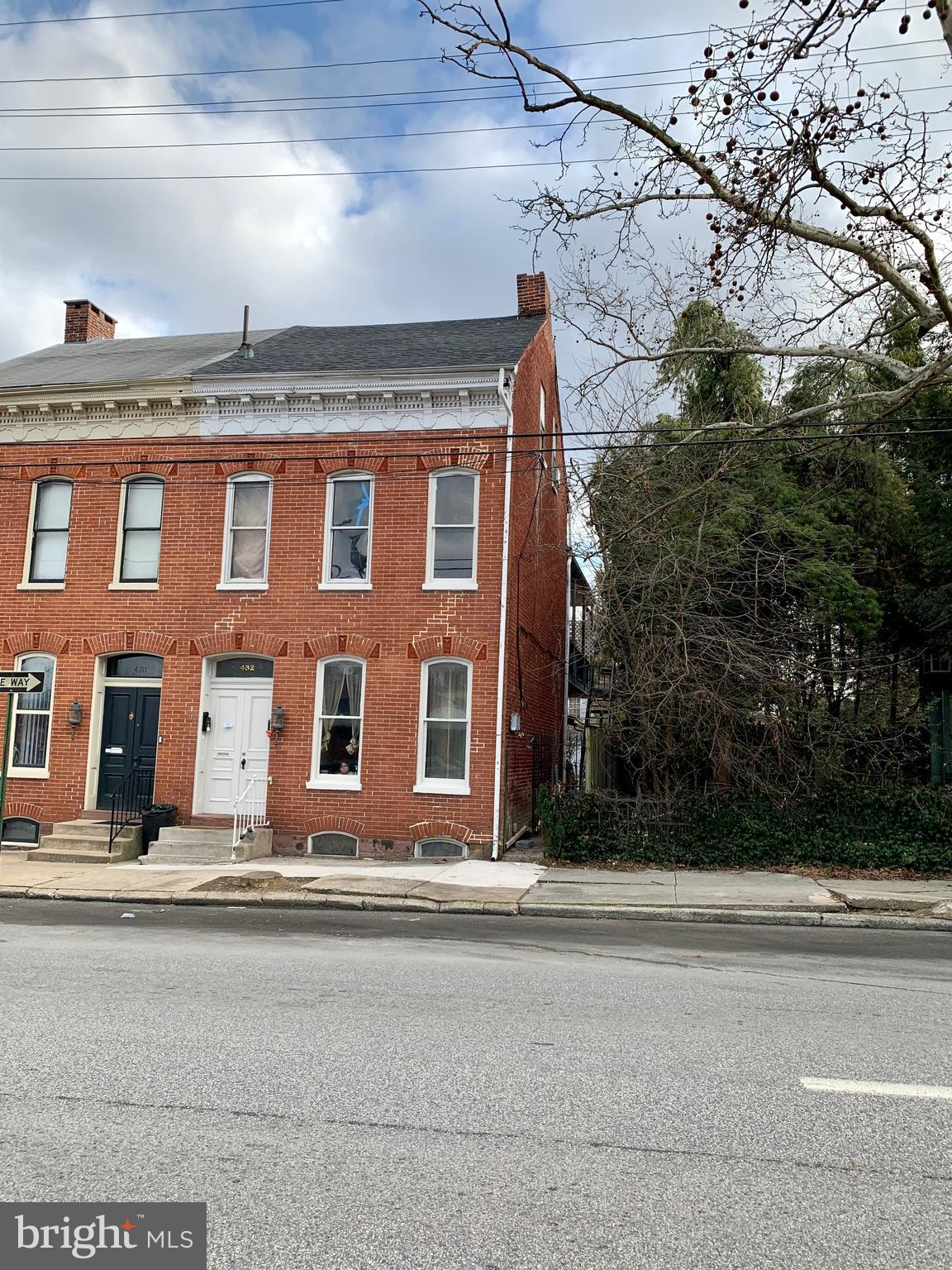 432 W Philadelphia Street, York, PA 17401