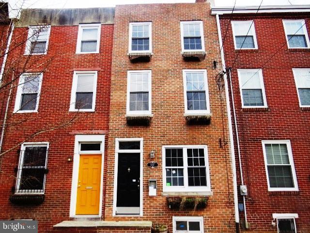 1107 S 3rd Street Philadelphia, PA 19147