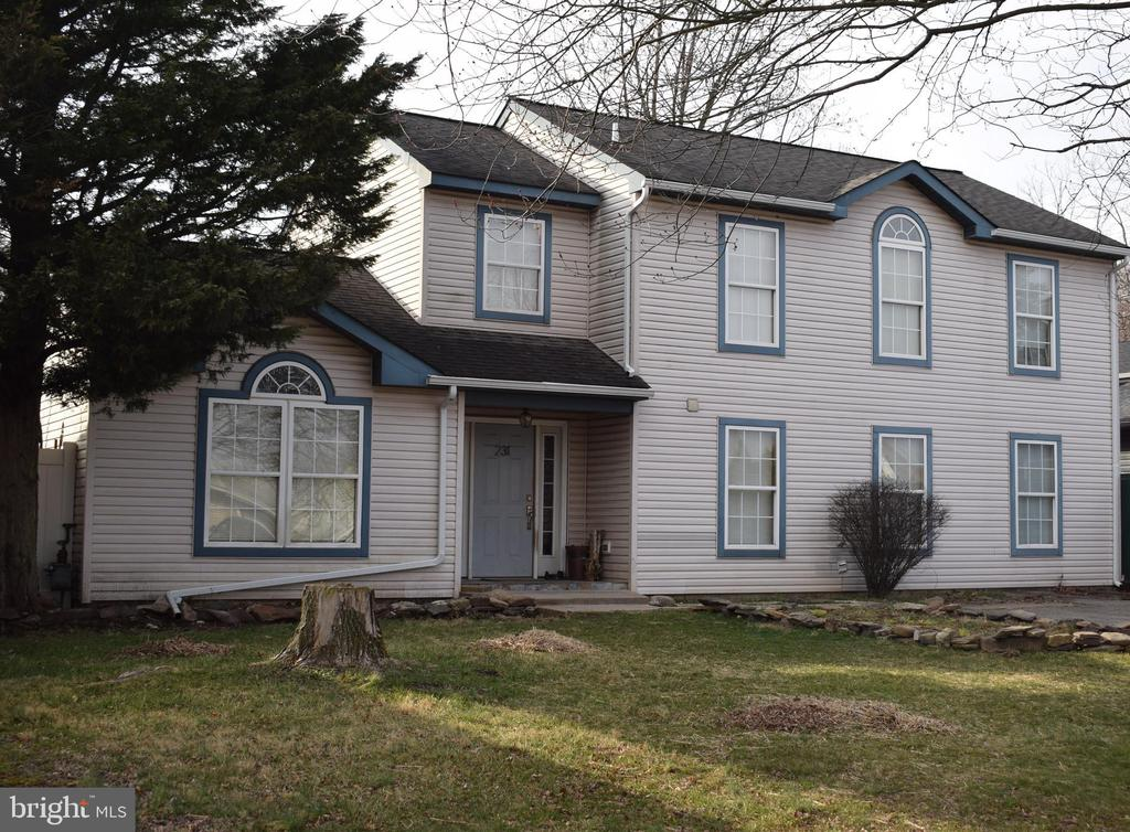 231 COLLINGSWOOD ROAD, FAIRLESS HILLS, PA 19030