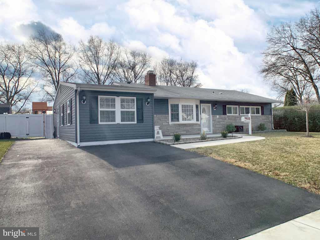 134 THORNRIDGE DRIVE, LEVITTOWN, PA 19054