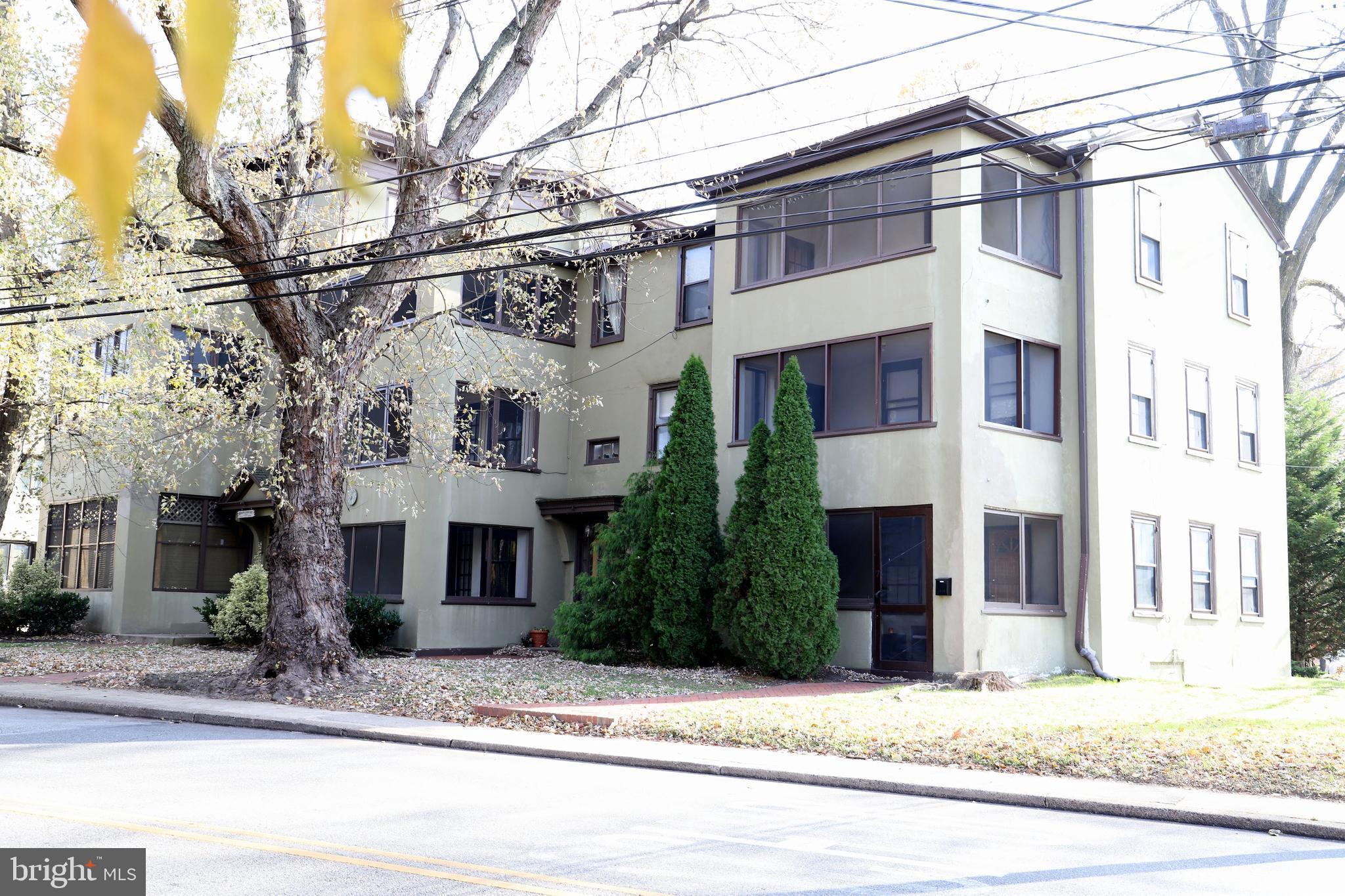 164 W BALTIMORE AVENUE, LANSDOWNE, PA 19050