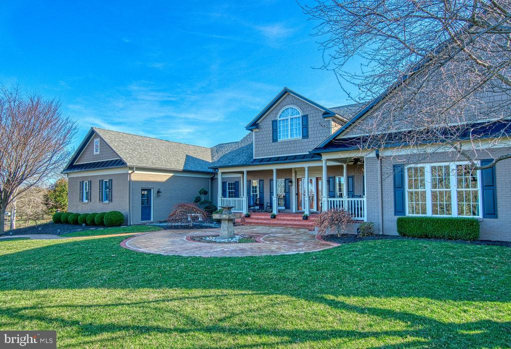 35335 Carnoustie Circle, Round Hill, VA 20141