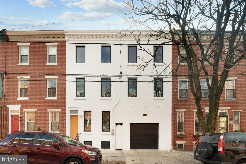 326 Monroe Street, Philadelphia, PA 19147