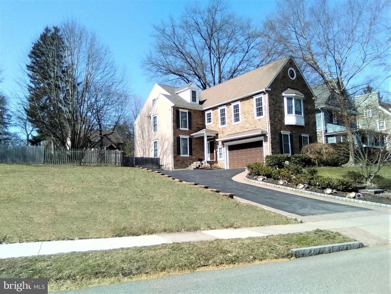 118 Edgewood Road Ardmore, PA 19003