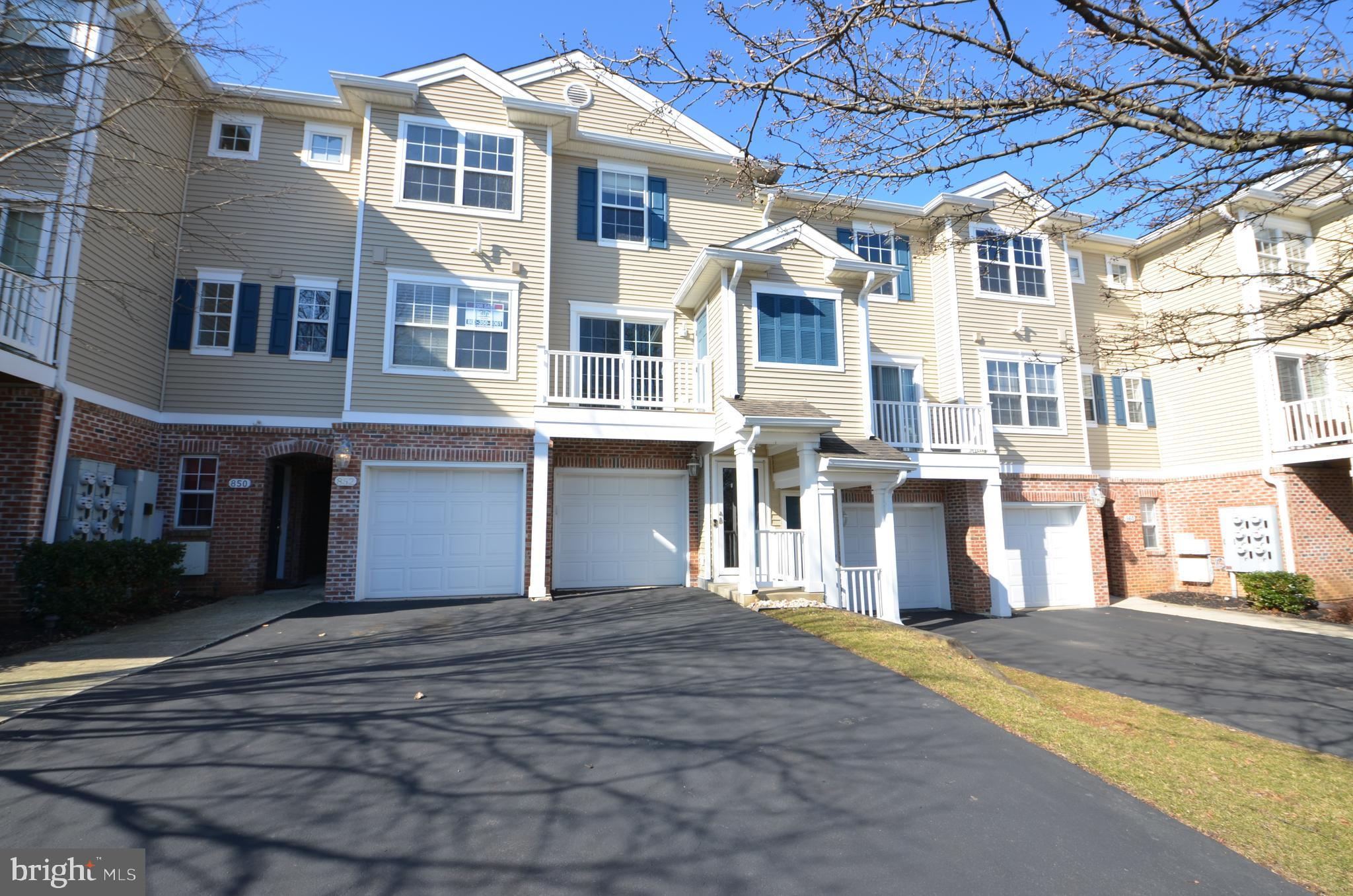 854 NITTANY COURT C554, ALLENTOWN, PA 18104