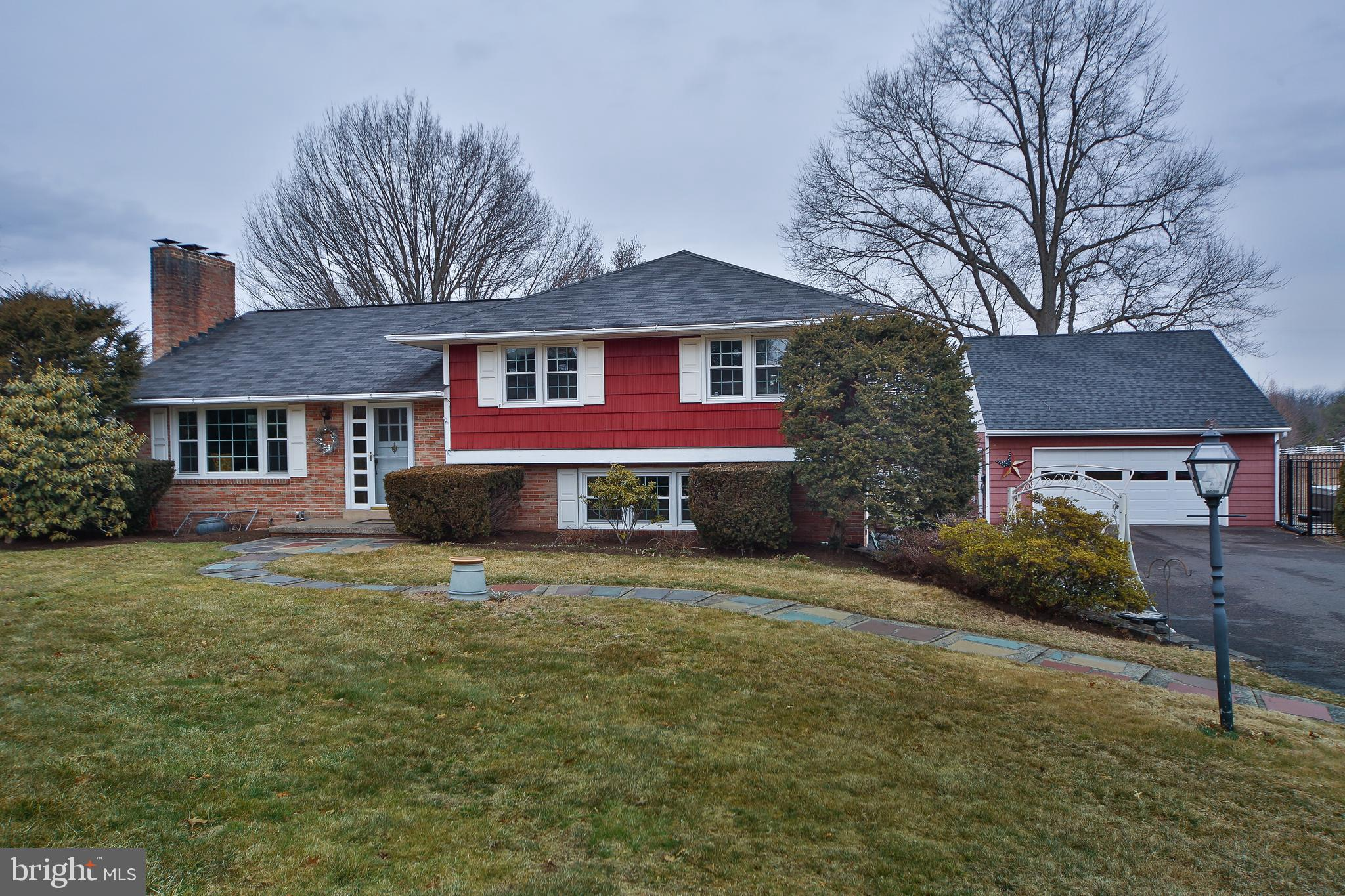 2605 COUNTY LINE ROAD, TELFORD, PA 18969