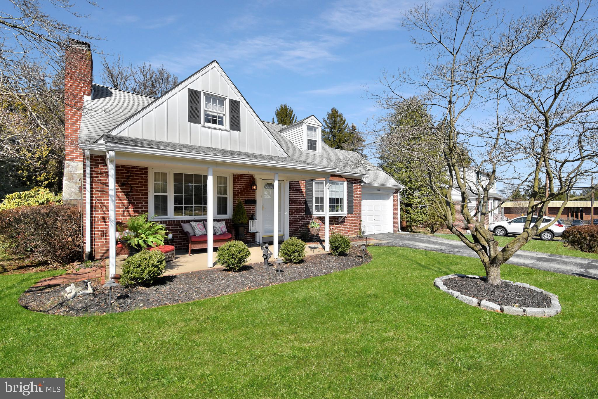 302 CANDLEWOOD ROAD, BROOMALL, PA 19008