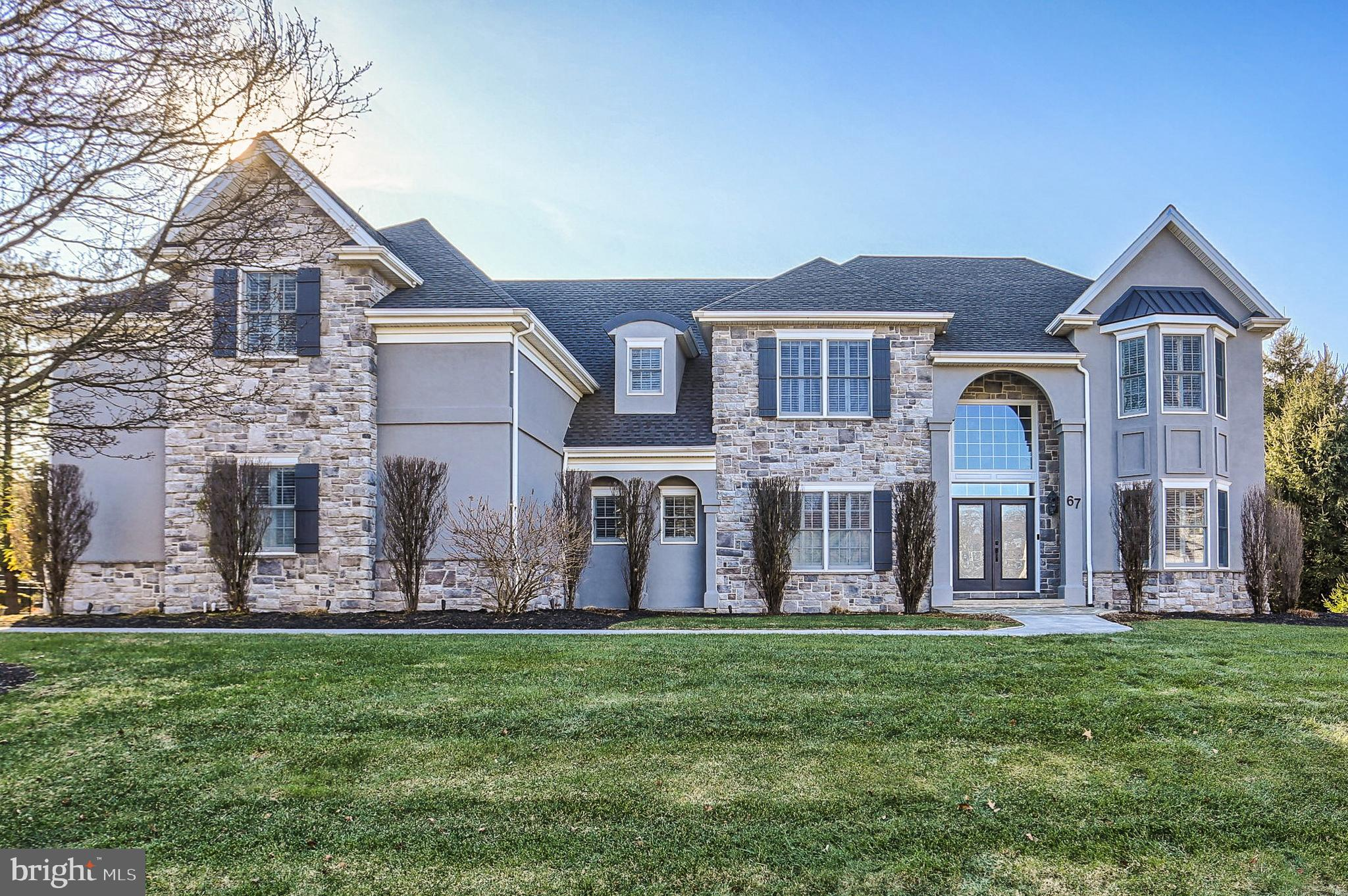 67 Emlyn Lane, Mechanicsburg, PA 17055