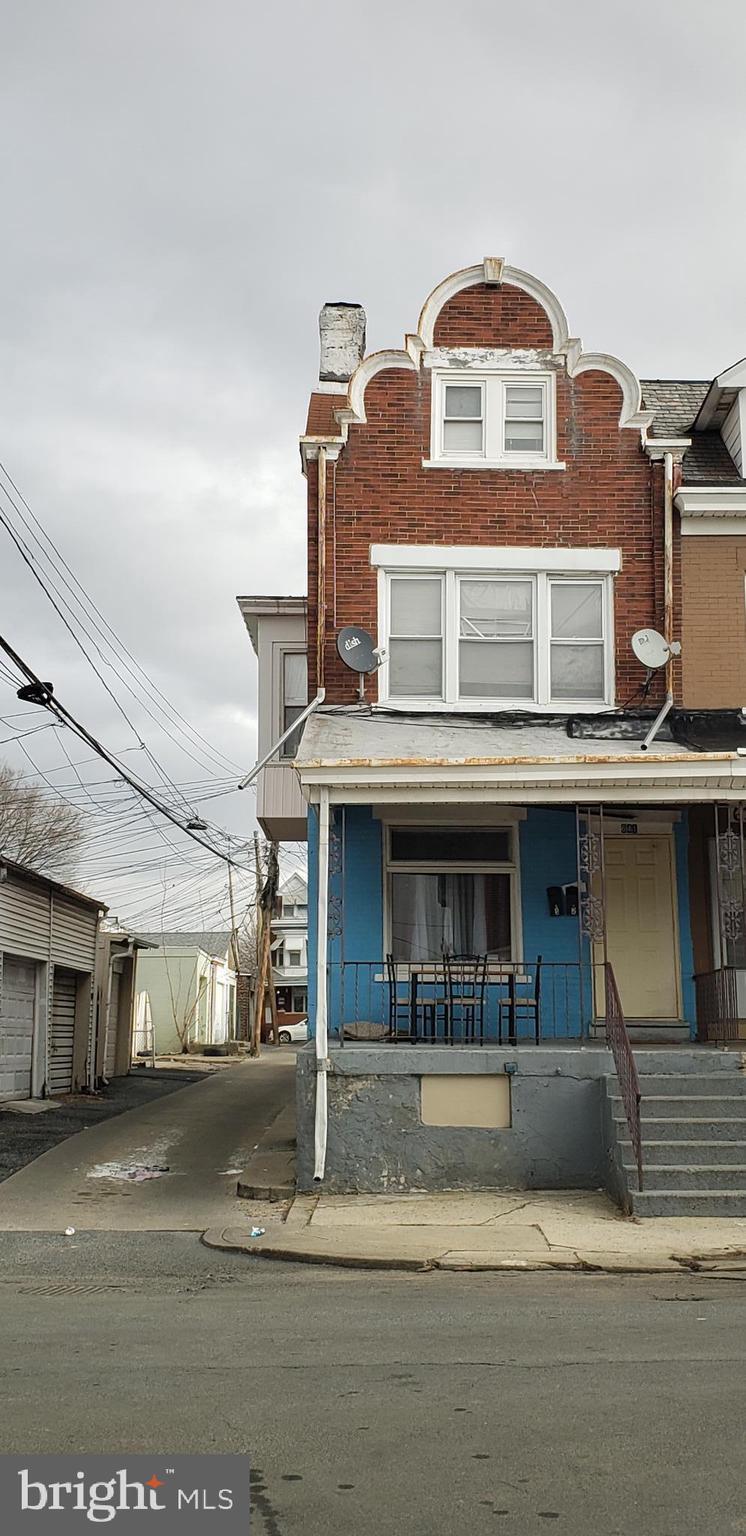 641 HOWARD, ALLENTOWN, PA 18102
