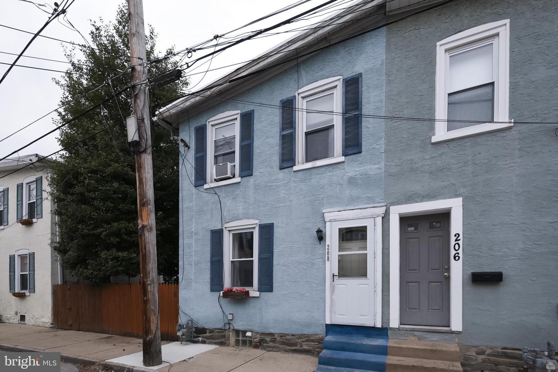 208 Sheas Terrace Ardmore, PA 19003