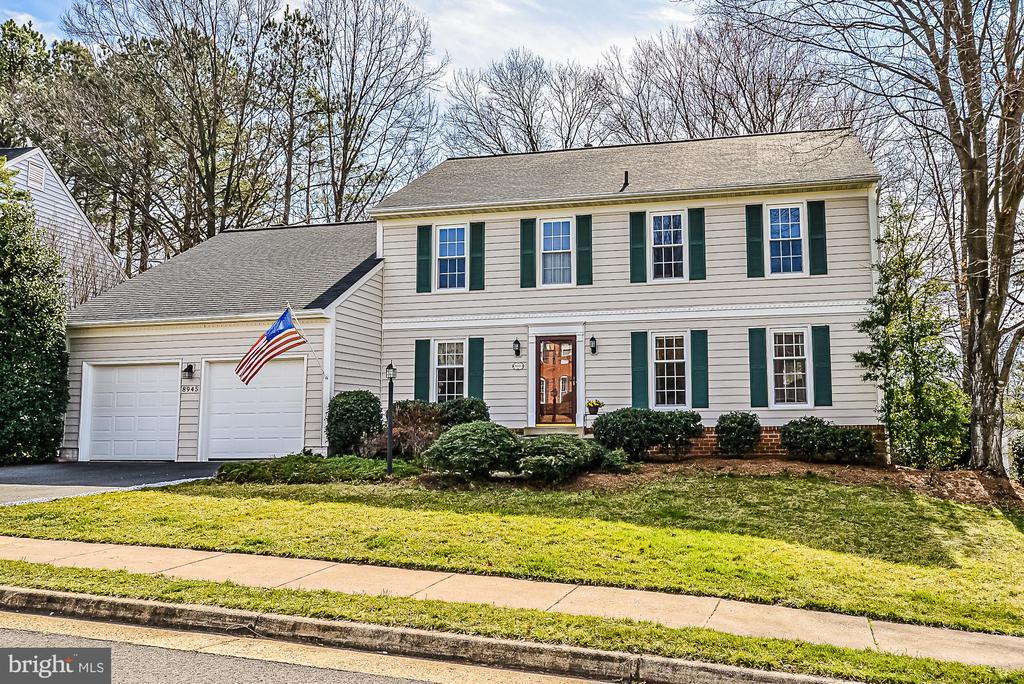 8945  KENILWORTH DRIVE, Burke, Virginia 5 Bedroom as one of Homes & Land Real Estate