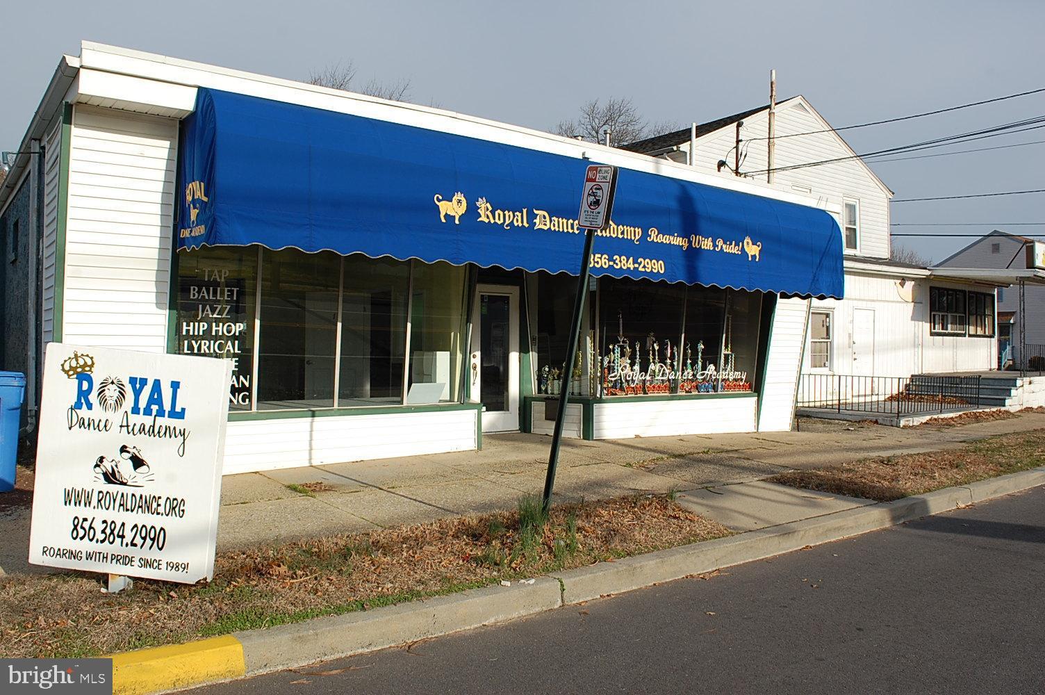 105 N Grove Avenue, National Park, NJ 08063