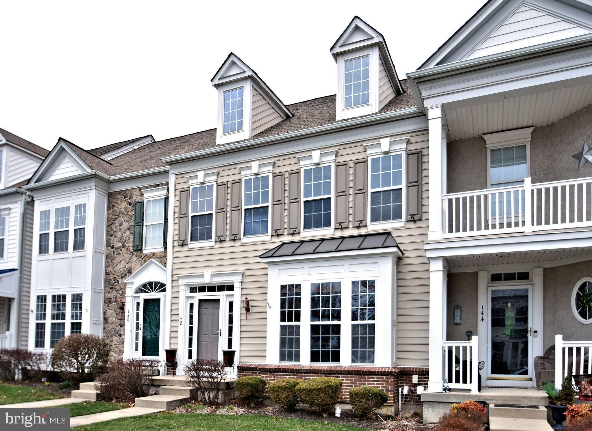 142 Pipers Inn Drive, Fountainville, PA 18923