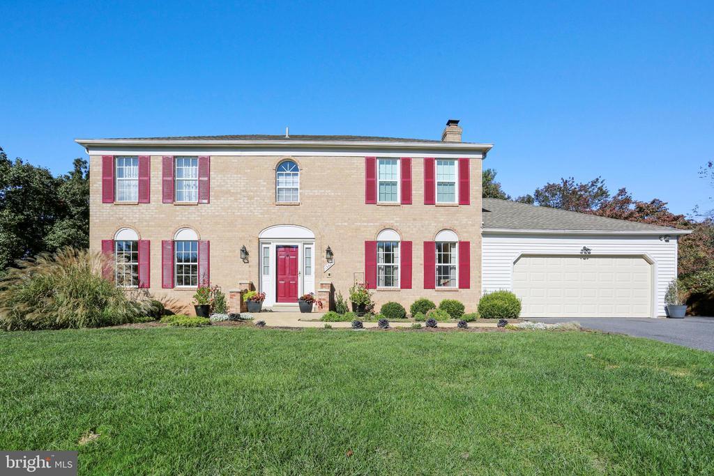 13421 WILD BIRD TERRACE, GAITHERSBURG, Maryland 20878, 4 Bedrooms Bedrooms, ,3 BathroomsBathrooms,Residential,For Sale,WILD BIRD,MDMC699860