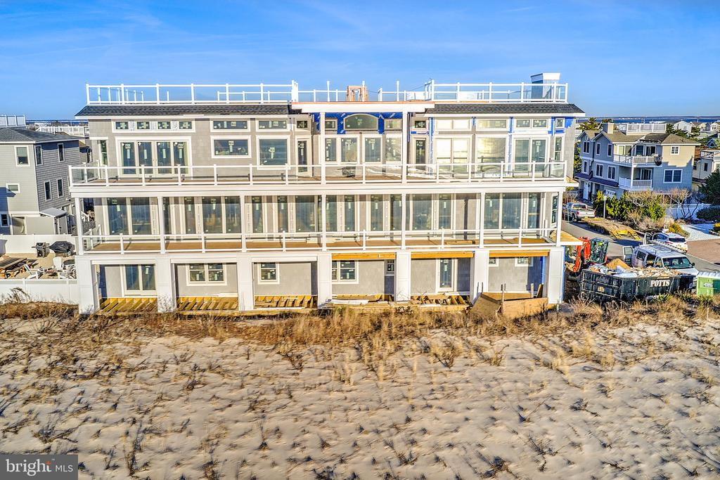 208 E 21ST STREET, Long Beach Island, New Jersey