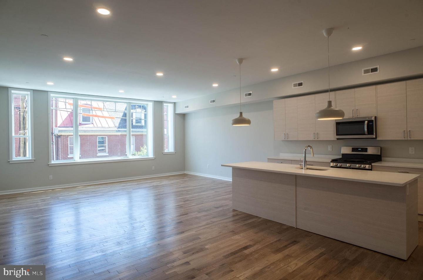 604 S 9th Street UNIT 202 Philadelphia, PA 19147