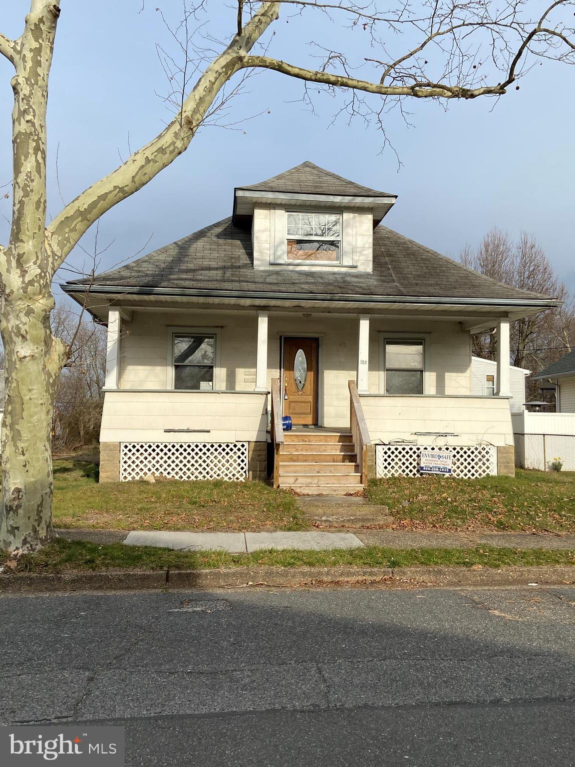 122 PENN STREET, PENNS GROVE, NJ 08069