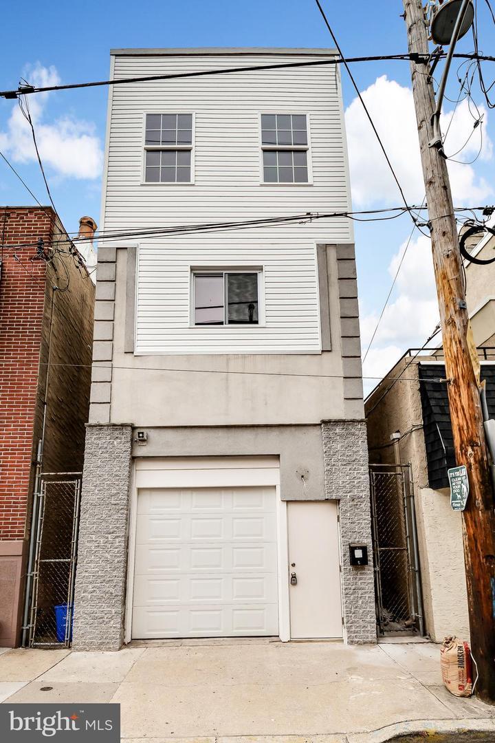 1608 S Camac Street Philadelphia, PA 19148