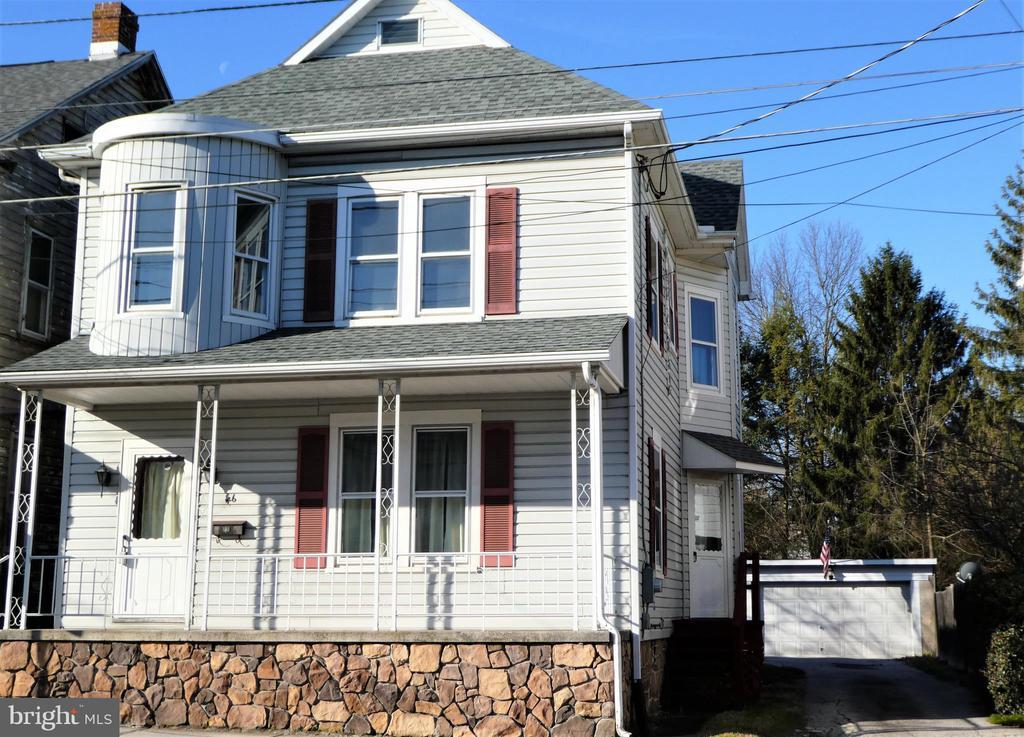 46 N Queen Street, Littlestown, PA 17340