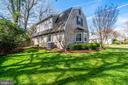 308 Crown View Dr