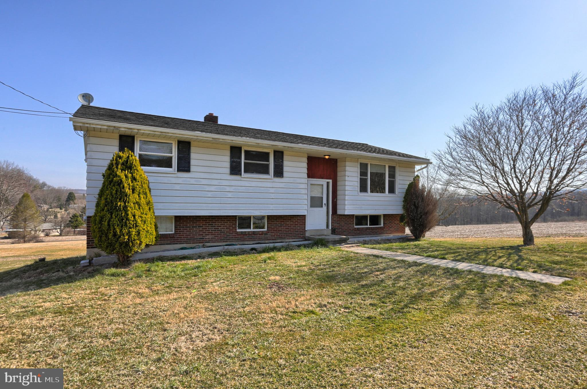 21 MILL MOUNTAIN ROAD, NEW RINGGOLD, PA 17960