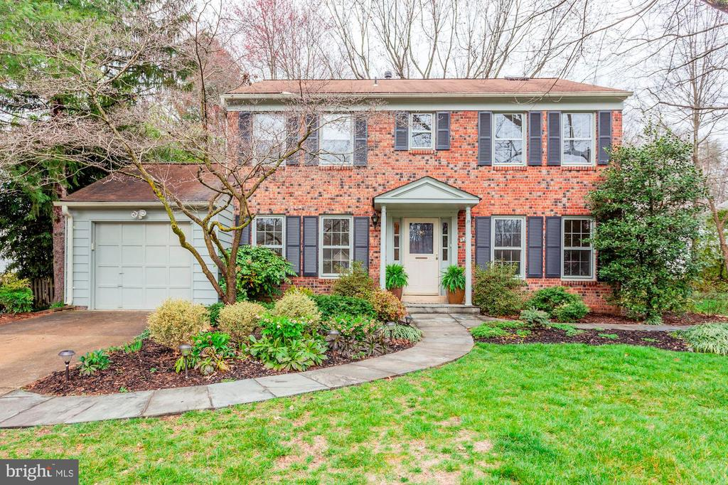 5210  DALBY LANE, Burke, Virginia