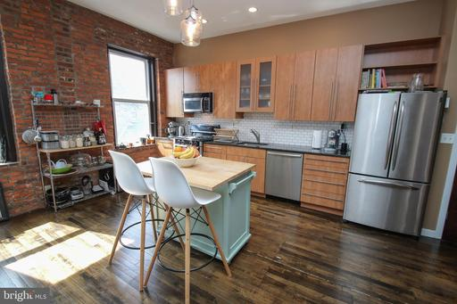 Property for sale at 735-739 S 12th St #302, Philadelphia,  Pennsylvania 19147