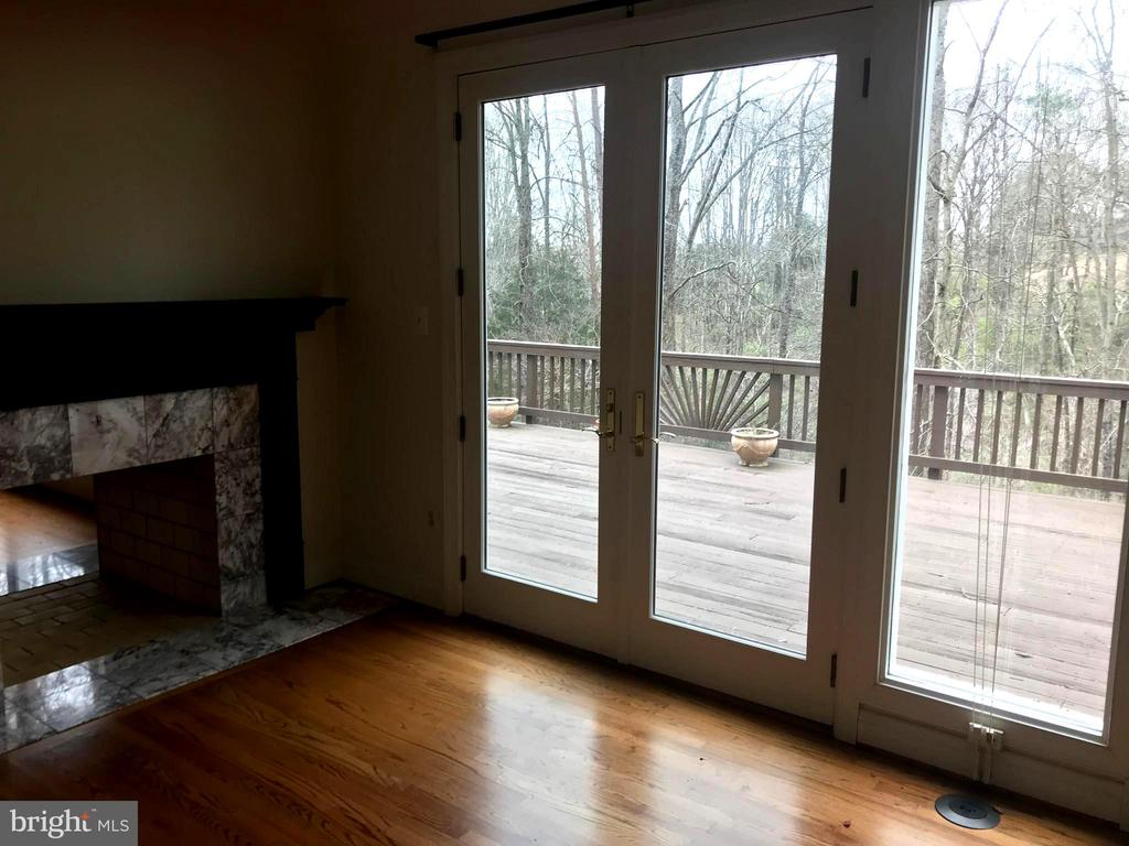 Photo of 9121 Mill Pond Valley Dr