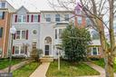 4096 Fountainside Ln