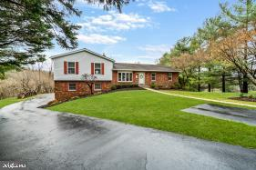 1193 BROADMOOR COURT, HAMPSTEAD, MD 21074