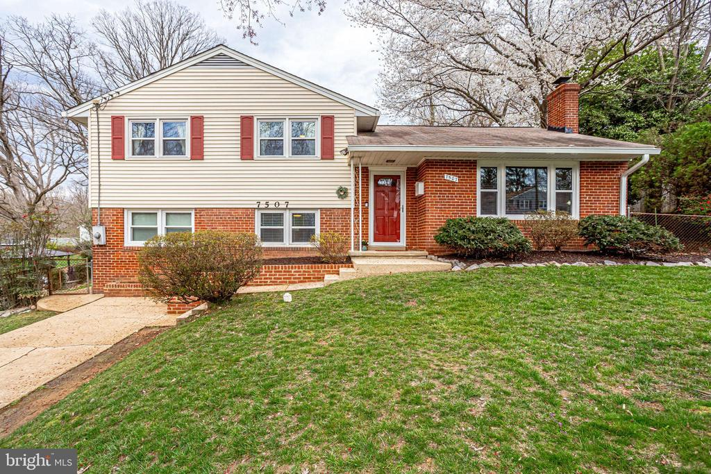 7507  MENDOTA PLACE, West Springfield, Virginia