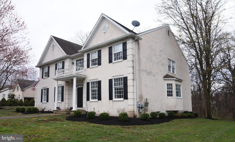 Philadelphia                                                                      , PA - $660,000