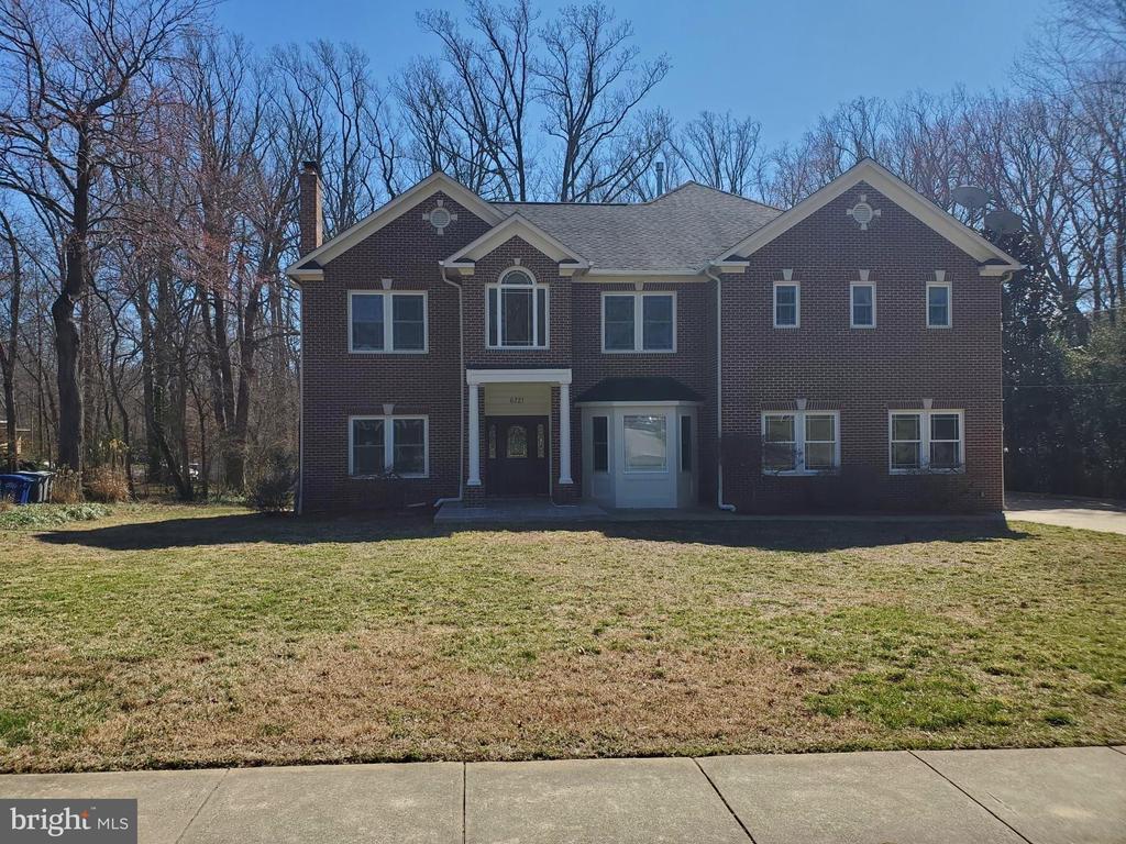 6721  KENNEDY LANE, Falls Church, Virginia