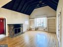 708 Grand View Dr