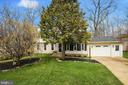 5917 Crossin Ct