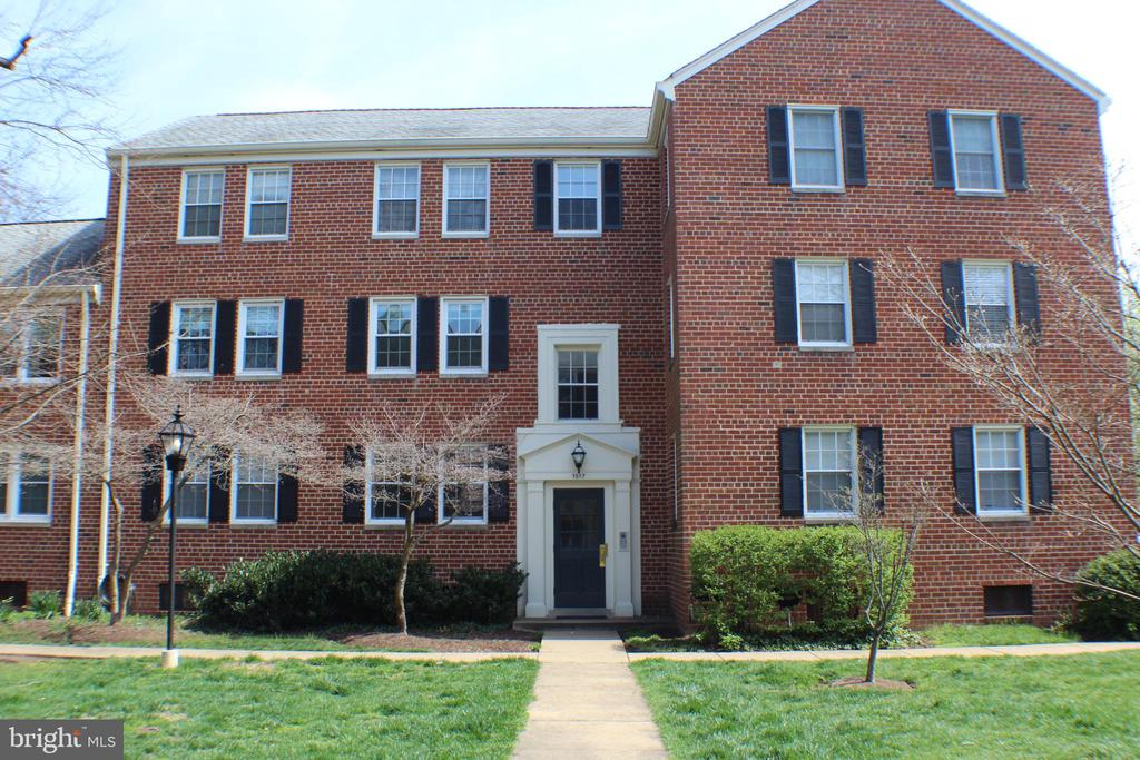 1517 Belle View Blvd, Alexandria, VA 22307