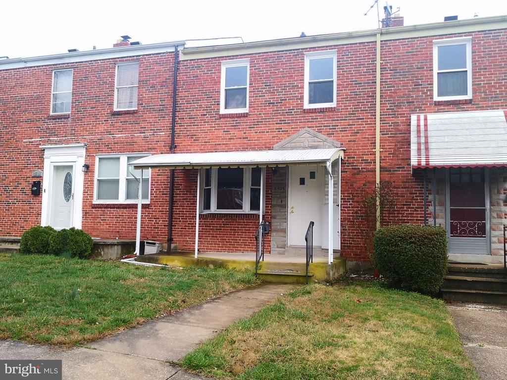8509 OAK ROAD, PARKVILLE, BALTIMORE Maryland 21234, 3 Bedrooms Bedrooms, ,2 BathroomsBathrooms,Residential,For Sale,OAK ROAD,MDBC489696