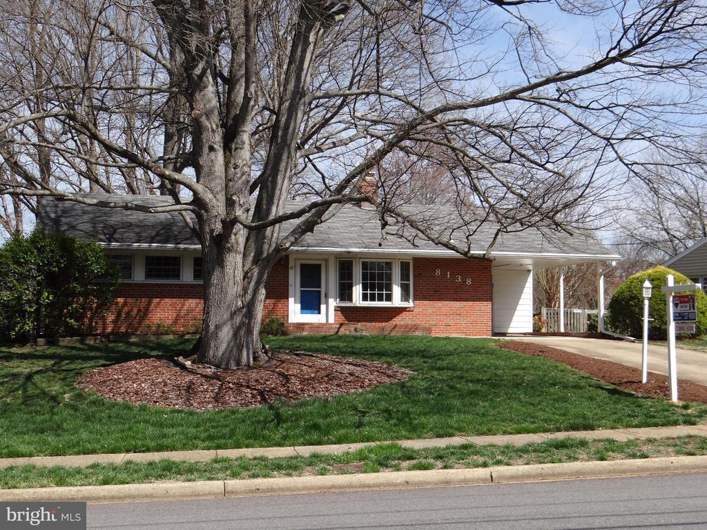 8138  DRAYTON LANE, West Springfield, Virginia