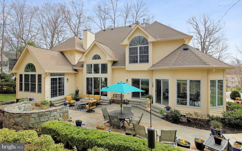 9320  OLD BURKE LAKE ROAD, Burke, Virginia 5 Bedroom as one of Homes & Land Real Estate