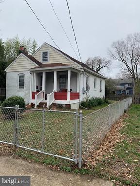 2406 Terrett Ave, Alexandria, VA 22301