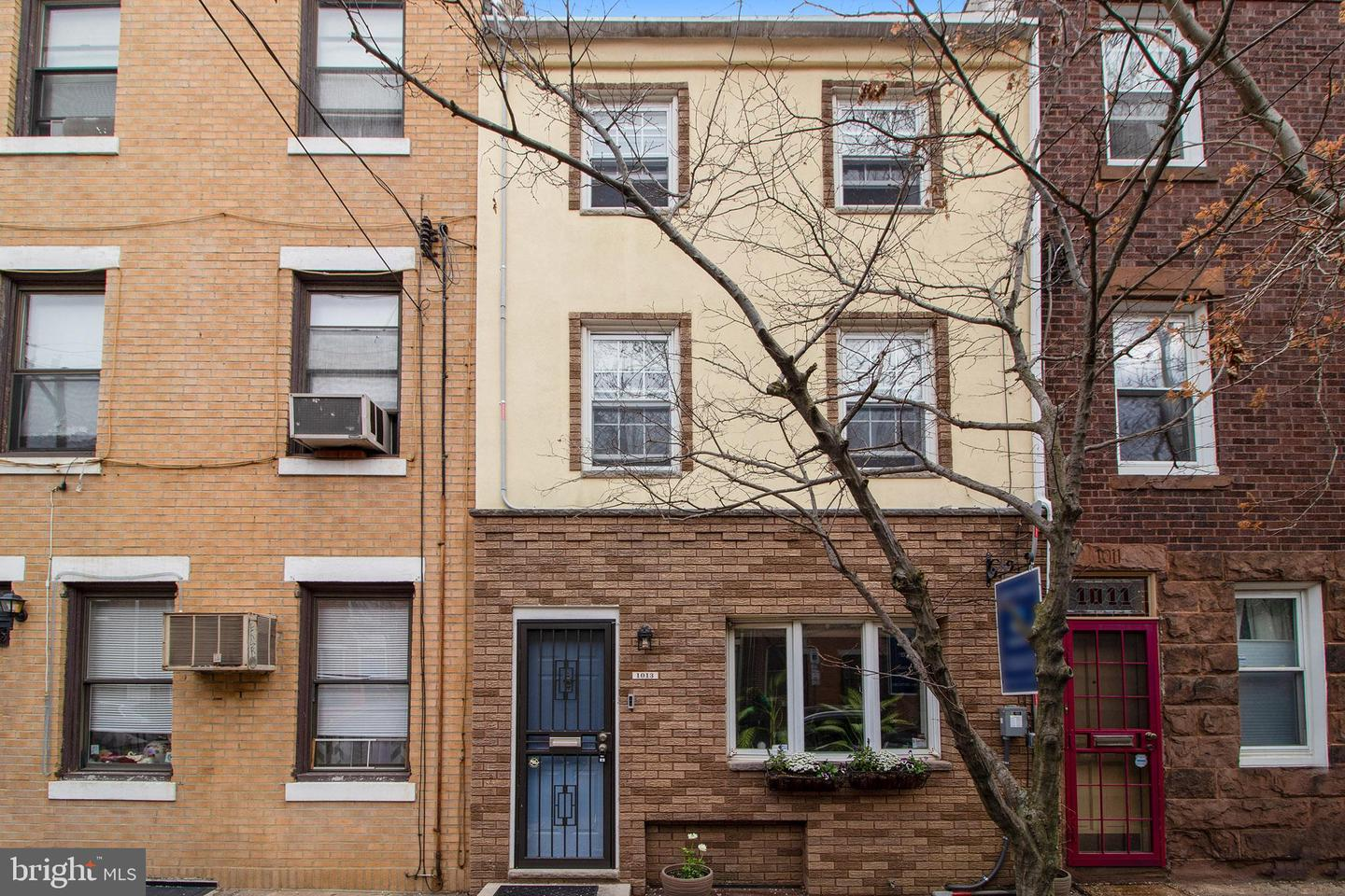 1013 Carpenter Street Philadelphia, PA 19147